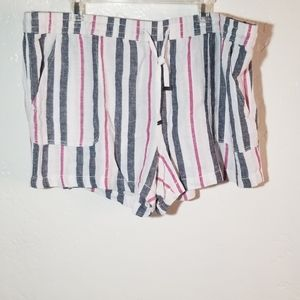 Time and Tru 3XL/ 22 Linen Shorts.